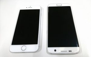 Androidとiphoneを比較